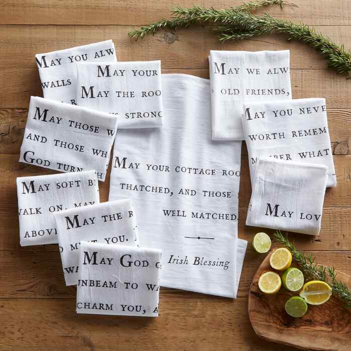 BLESSINGS NAPKINS, SET OF 10