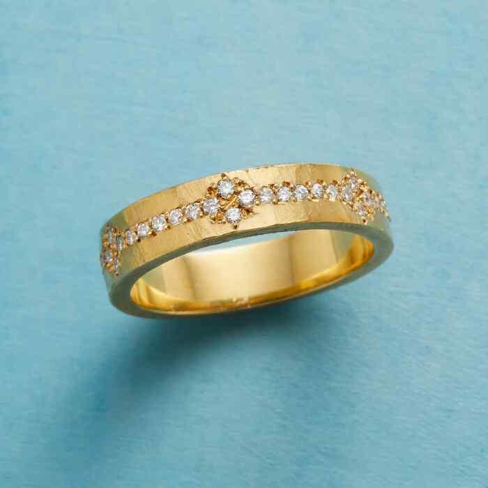 QUATREFOIL DIAMOND RING