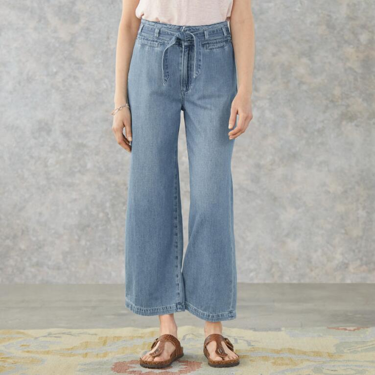 ANESSA JEANS