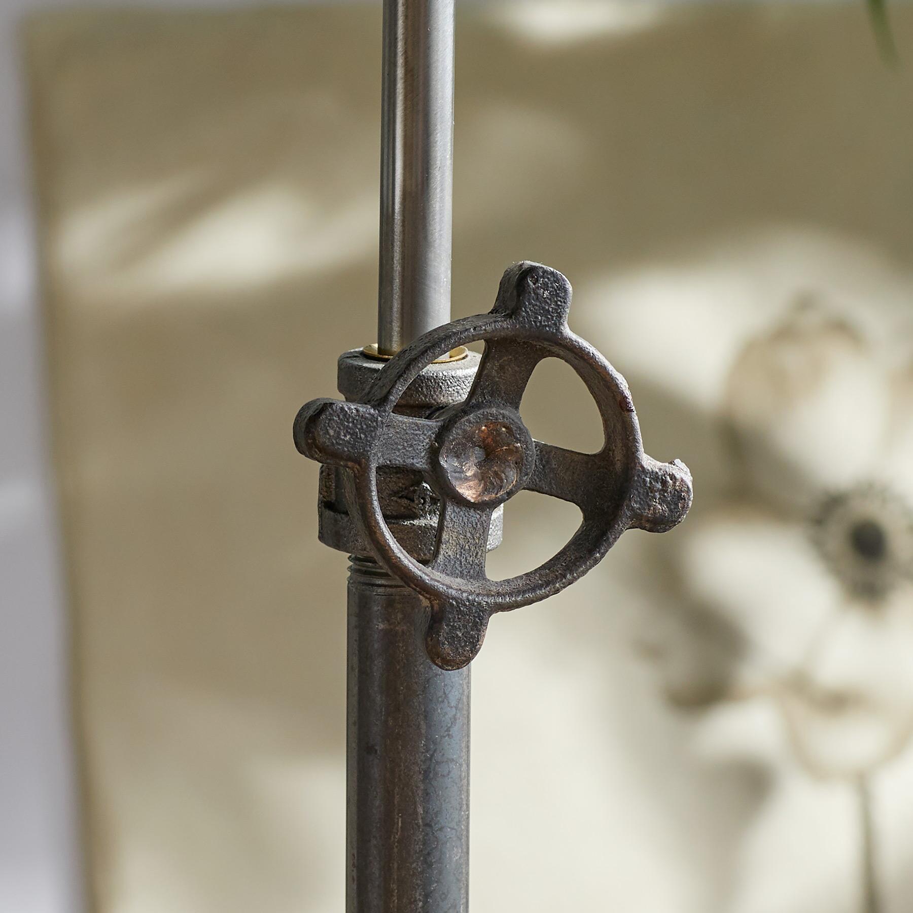 ESTES TABLE LAMP: View 5