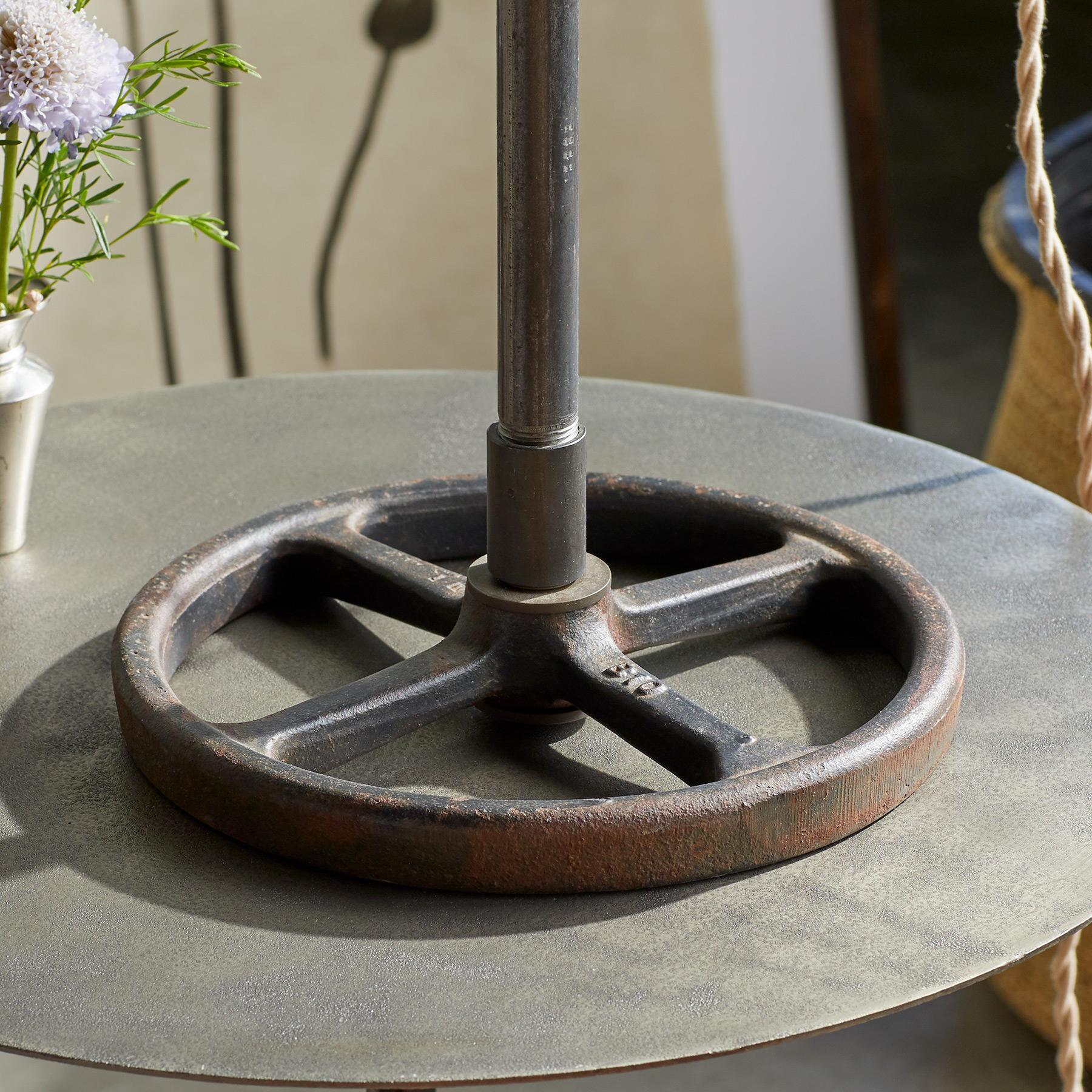 ESTES TABLE LAMP: View 6