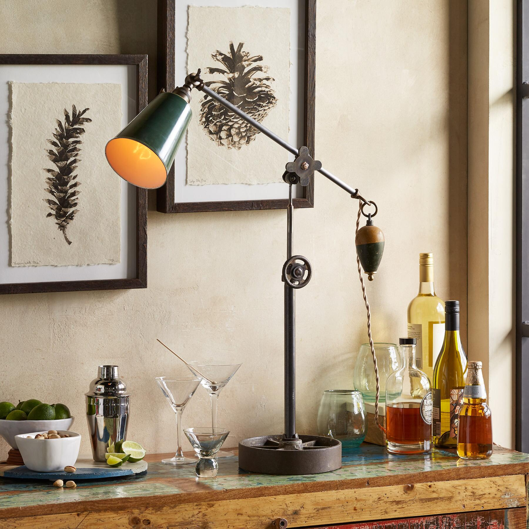 MARSTON TABLE LAMP: View 1