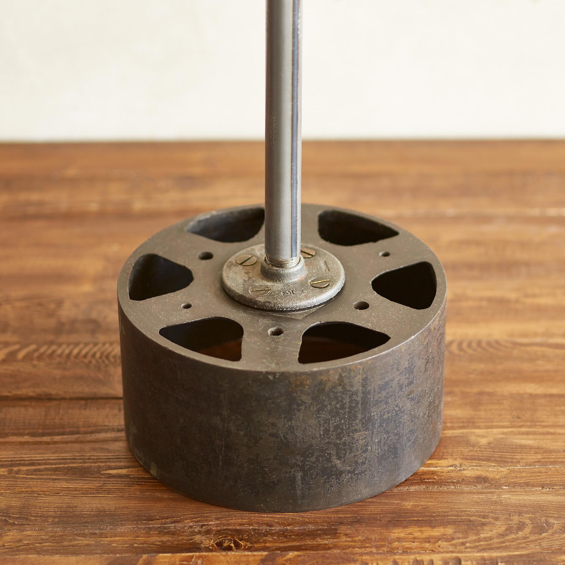 MORROW TABLE LAMP: View 4