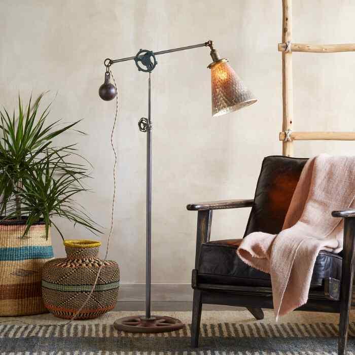 MANCHESTER FLOOR LAMP