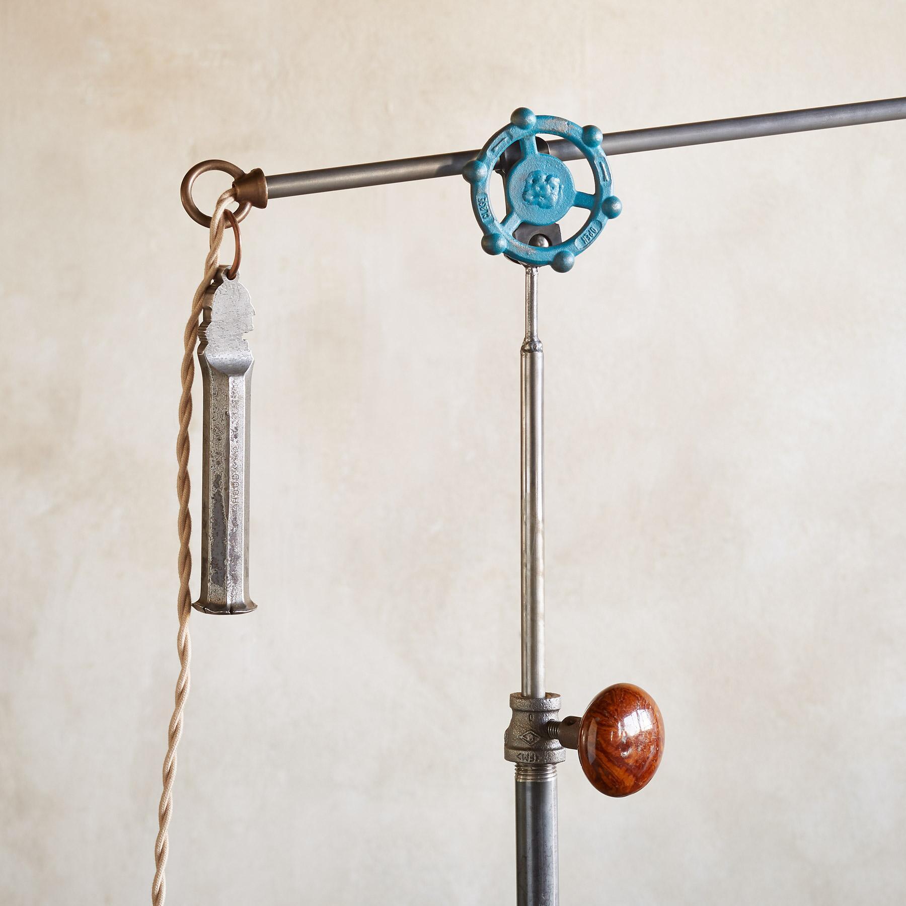 BETHEL FLOOR LAMP: View 3