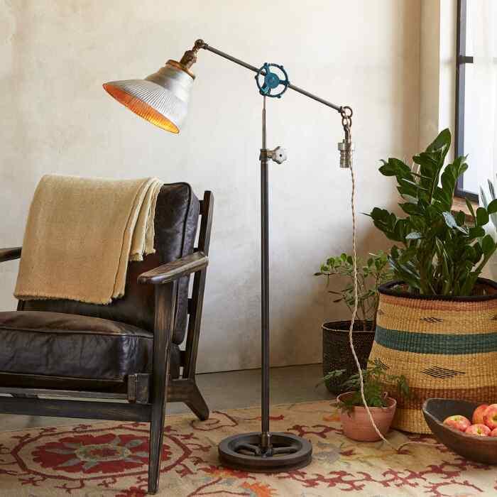 NORTON FLOOR LAMP