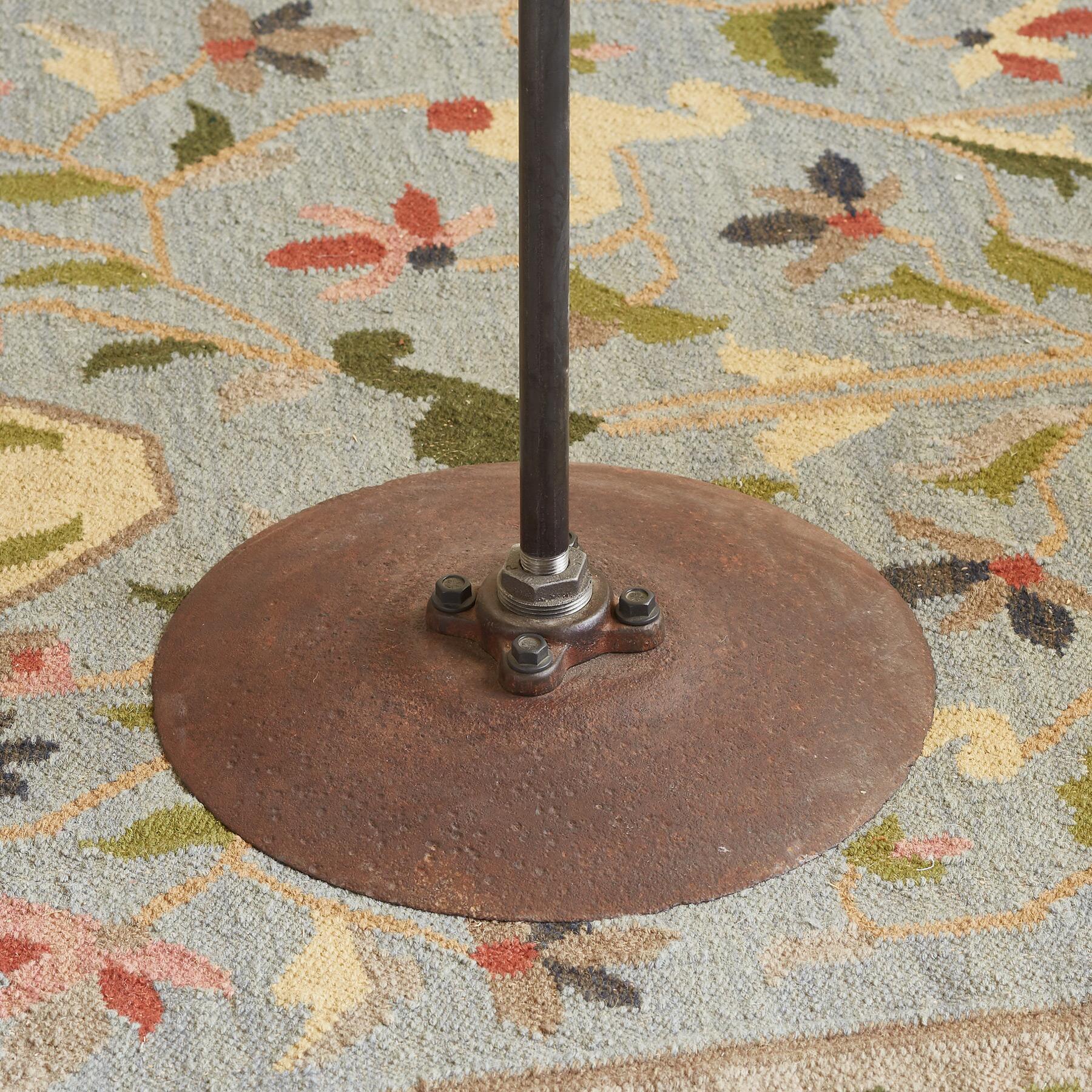 METCALF FLOOR LAMP: View 4
