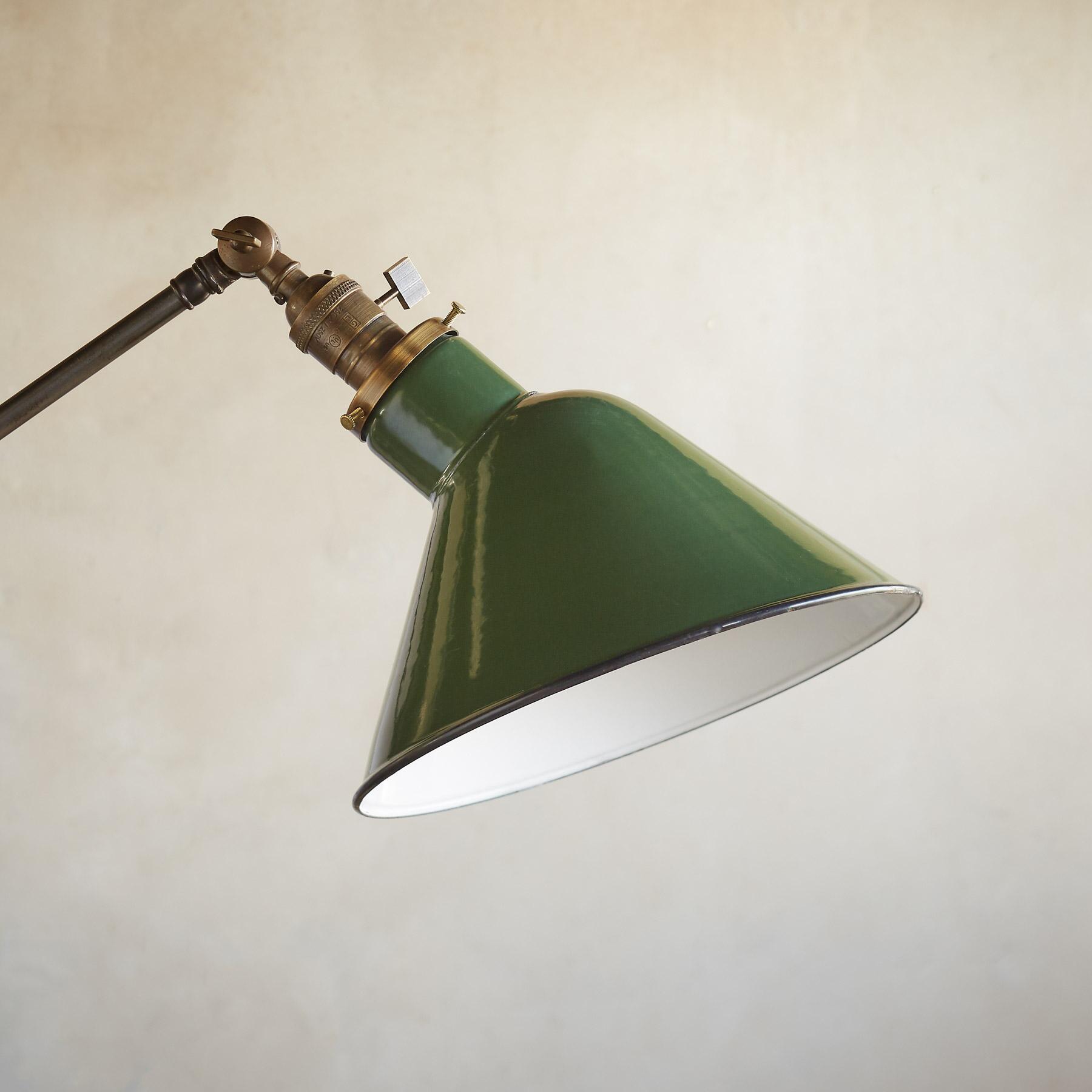 UNION FLOOR LAMP: View 2