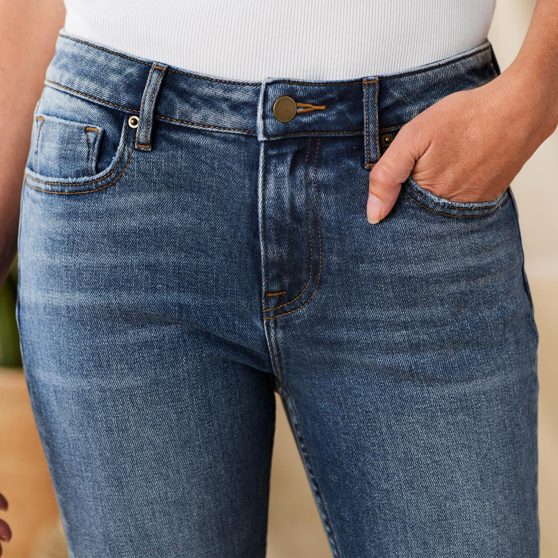 KELLY CLASSIC BOOTCUT JEANS: View 3