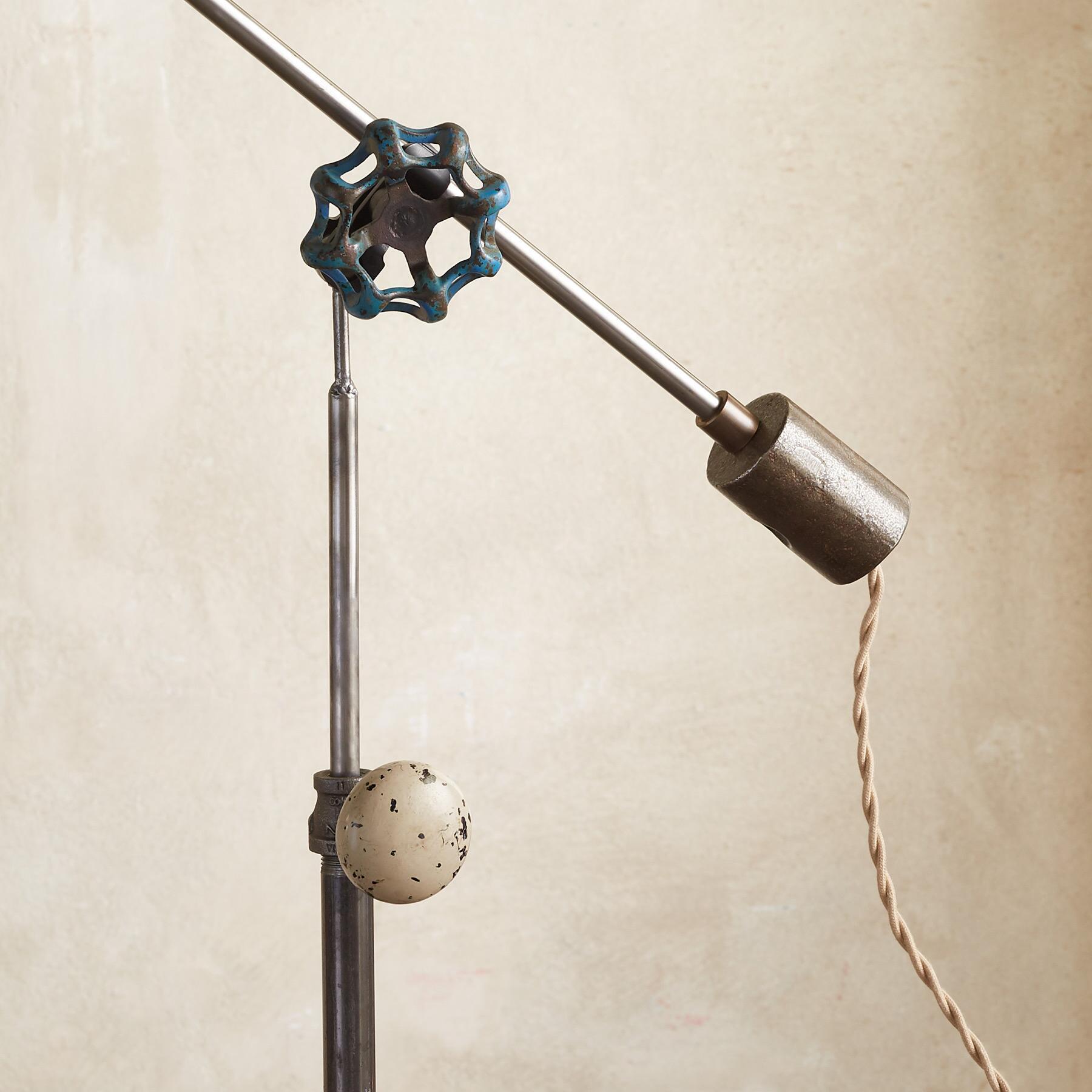 CLAYTON FLOOR LAMP: View 3