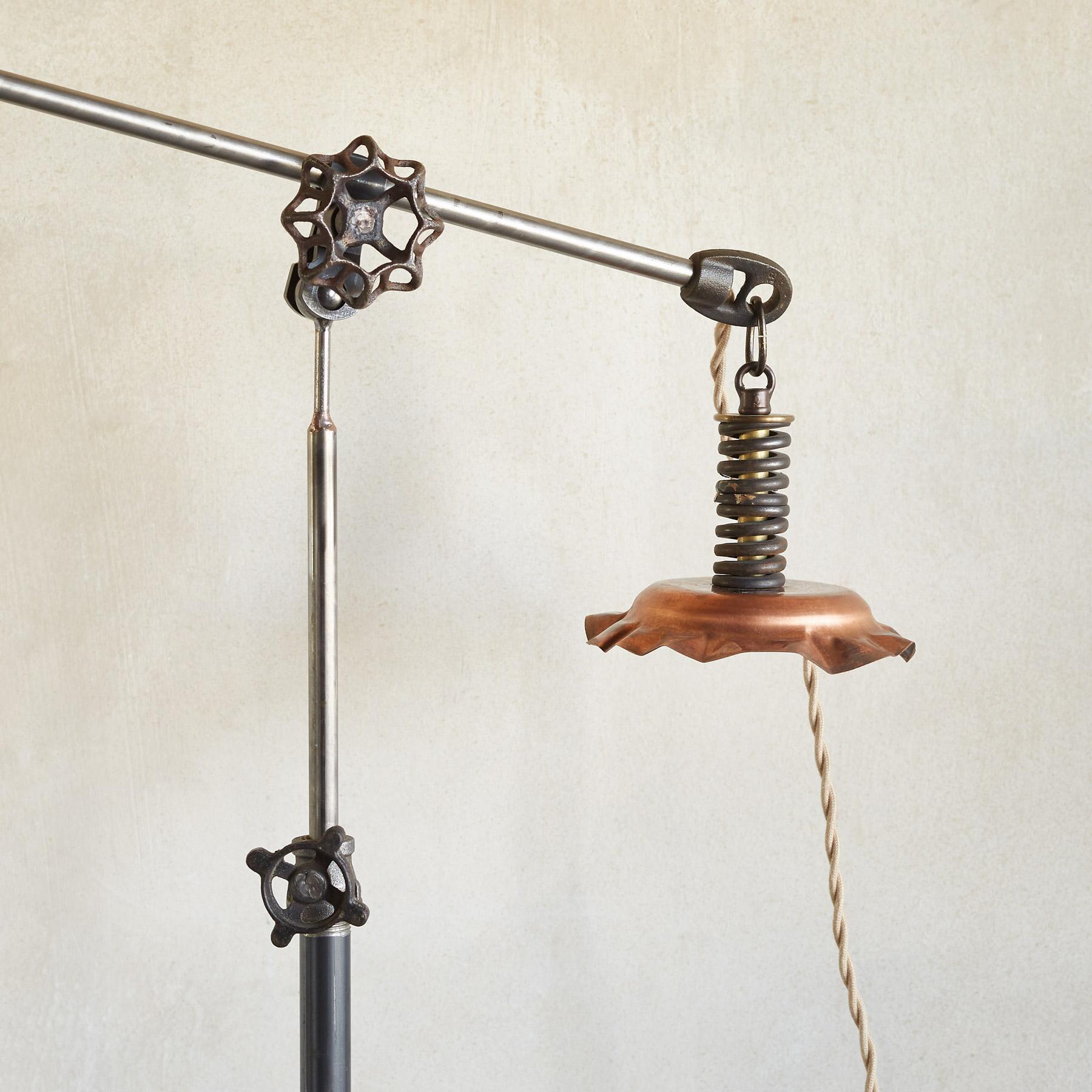 SANFORD TABLE LAMP: View 3
