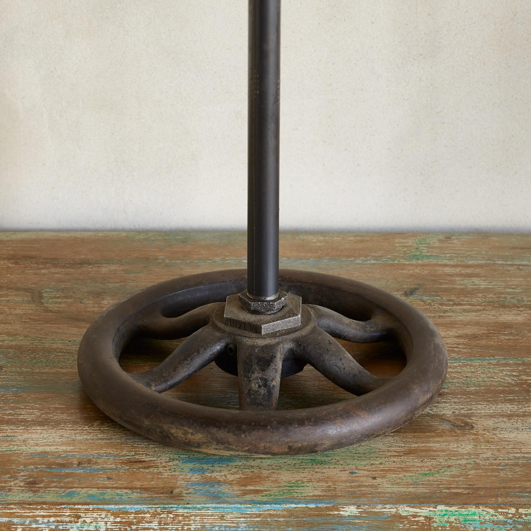 SANFORD TABLE LAMP: View 4